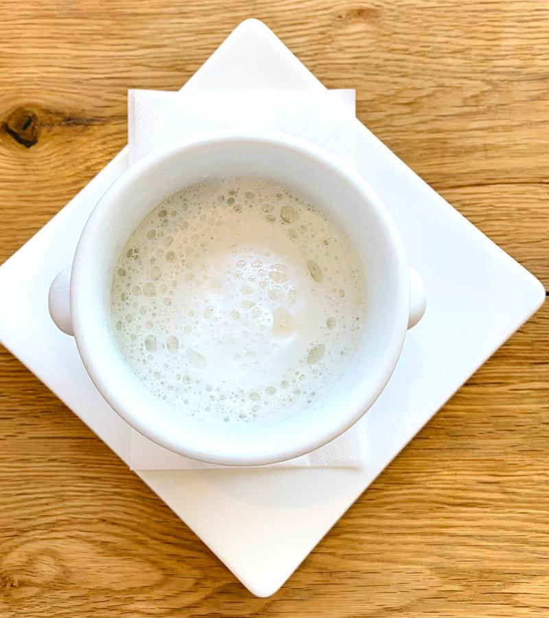 白カブのスープ カプチーノ仕立て